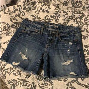 Boyfriend Fit Shorts